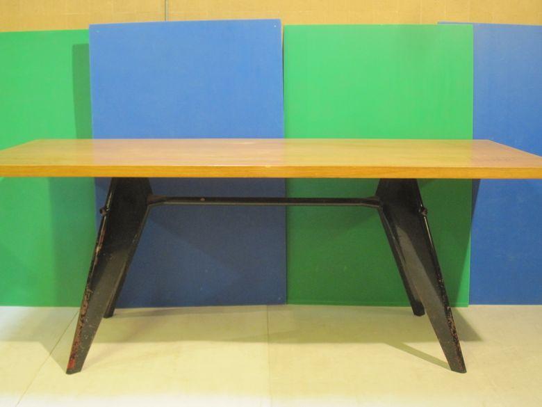 jean prouv de retour nancy art lorrain. Black Bedroom Furniture Sets. Home Design Ideas