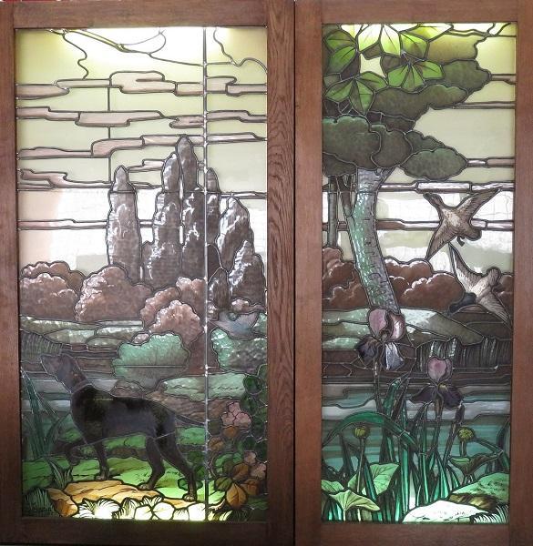 Joseph JANIN       :  Paire de vitraux figurant un chien de chasse et deux canards dans un paysage