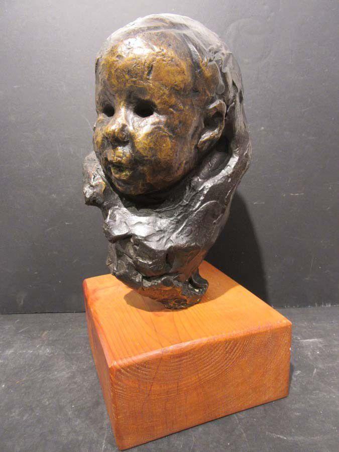 Victor-Emile  PROUVÉ       :                   Portrait d'enfant